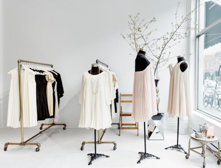 Éditions de Robes <br><em>Mile End</em>