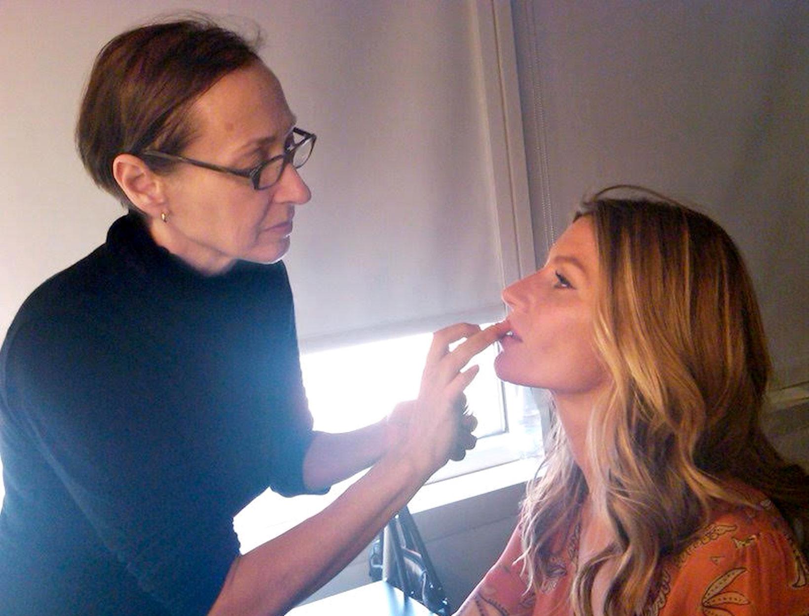 10 Makeup-Artist Tips