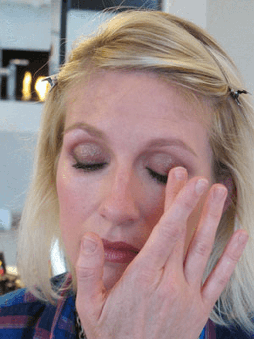 Nighttime Makeup Tutorial For Shimmery Eye Shadow