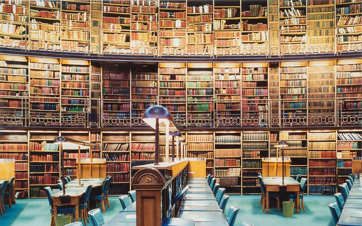 Candida Höfer, British Library, London IX, 1994