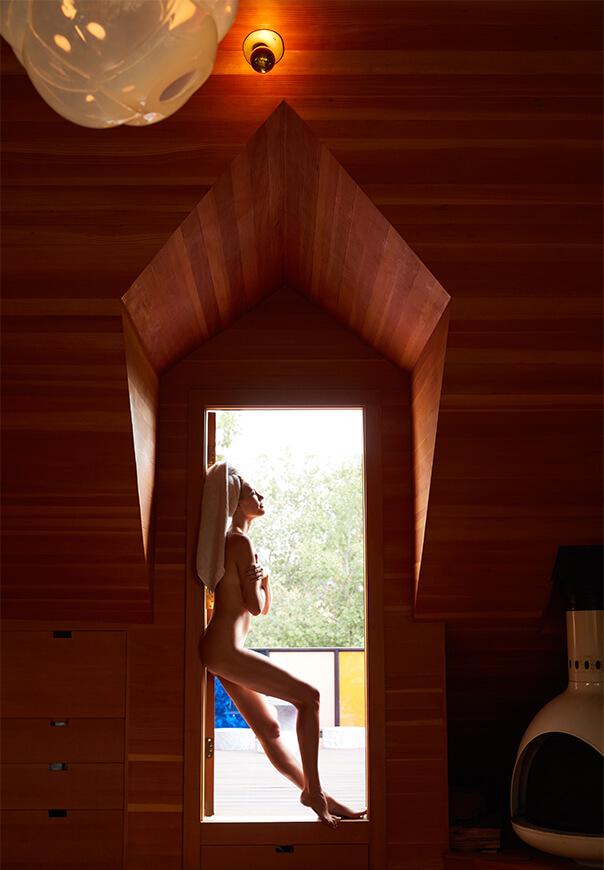 Bel With Towel in Doorway