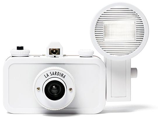 Lomography  Sardina Diy Camera
