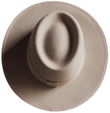 tio y tia The Beatriz hat