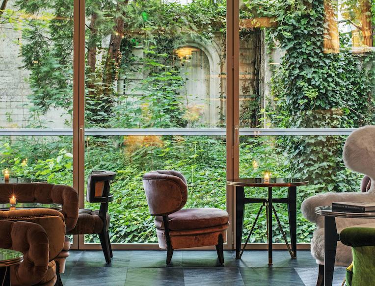 Hôtel de Berri <br><em>Paris, France</em>