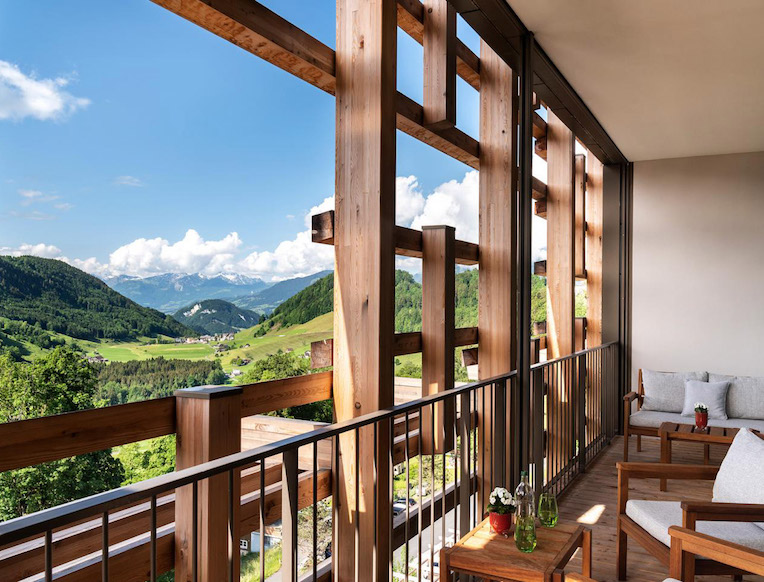Waldhotel Bürgenstock Resort <br><em>Bürgenstock, Switzerland</em>