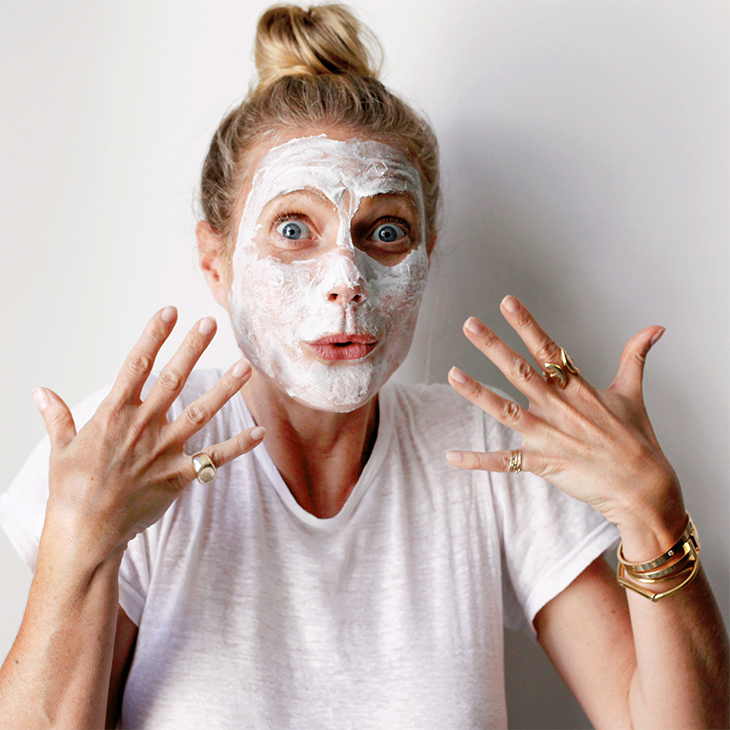 Gwyneth Paltrow using Exfoliating Instant Facial