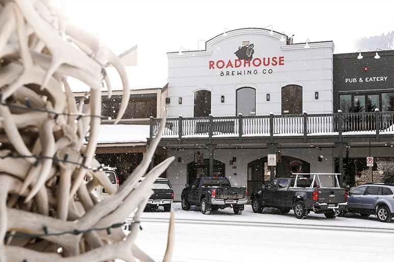 Roadhouse Pub & Eatery Jackson Hole