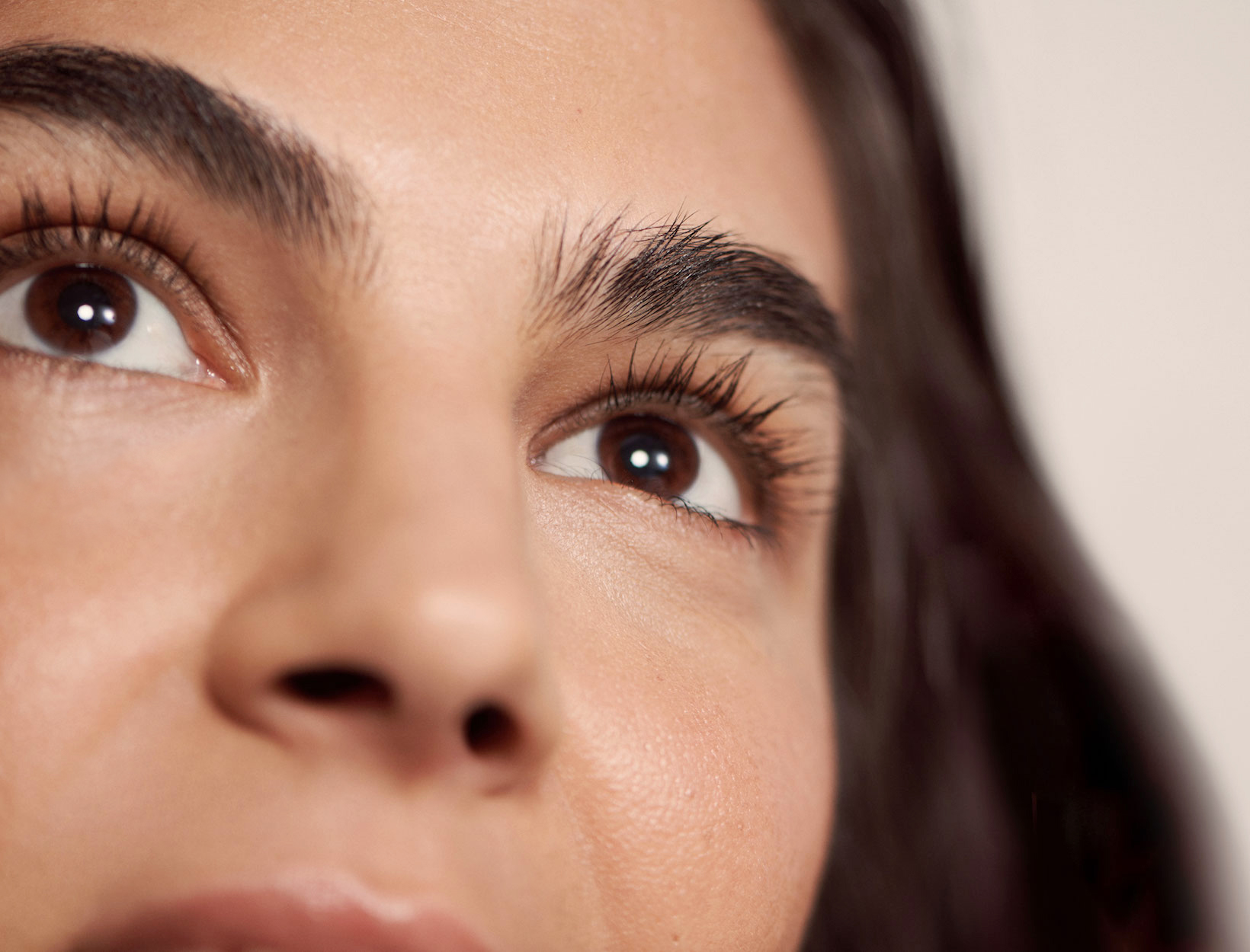 How To Shape Eyebrows | Goop