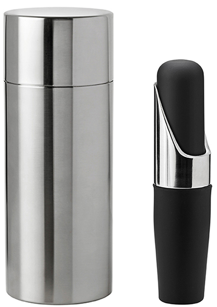 Stelton Cocktail Shaker and perfect pourer