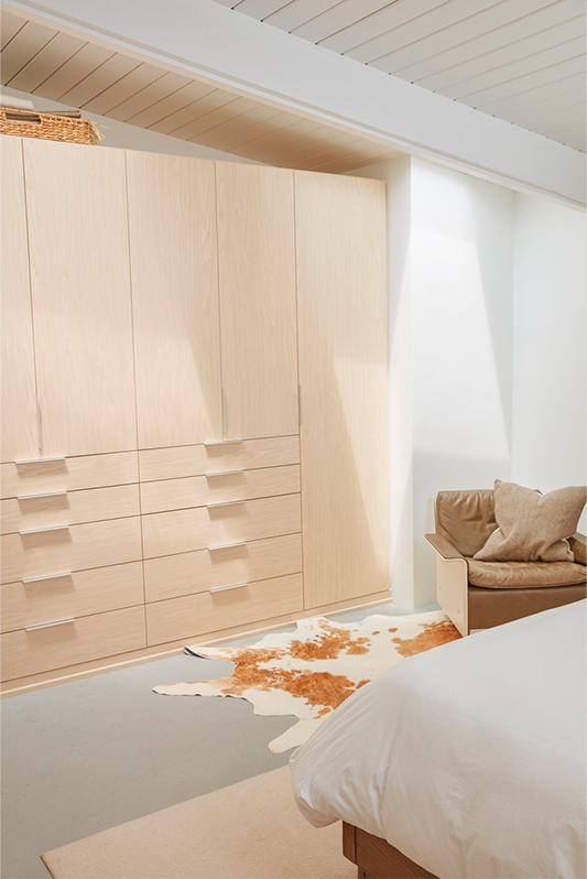 closet-after-bed