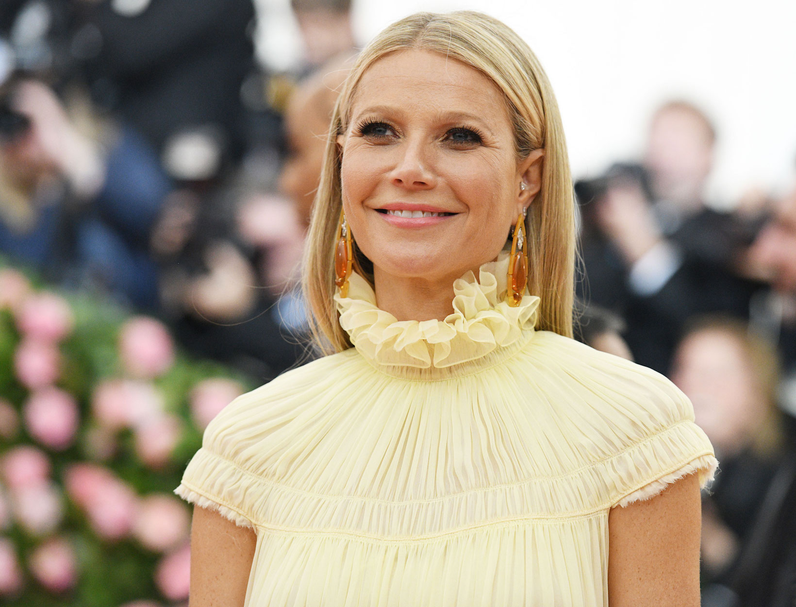 Gwyneth's Met Gala Strategy: A Skin Peel,  a Shot of Whiskey, and Two  (Long) Baths