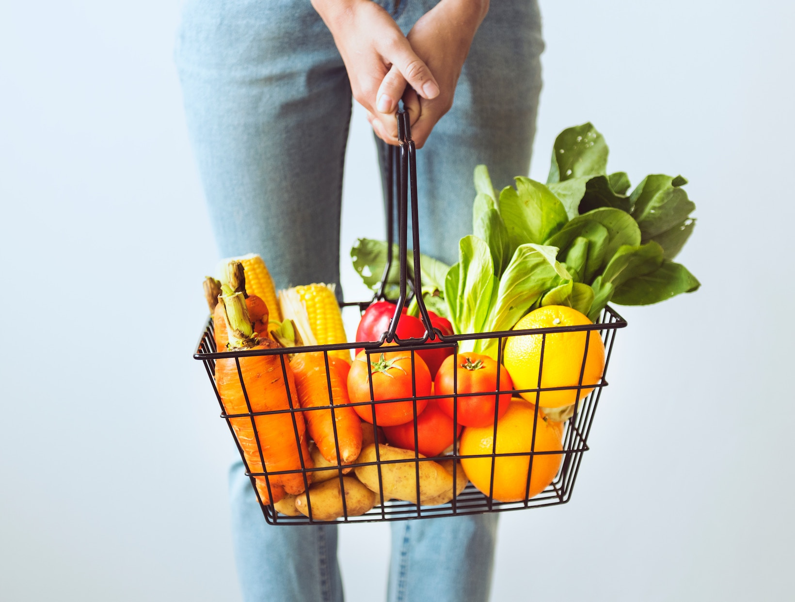 A Nutritionist on Why She Doesn't Always Buy Organic