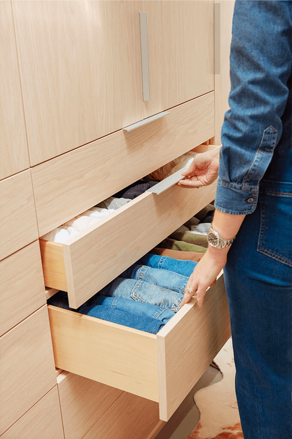 closet-after-drawers