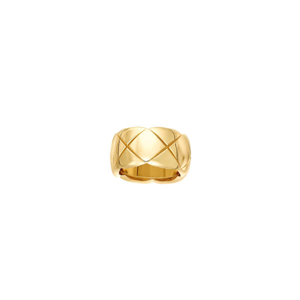 CHANEL large gold ring