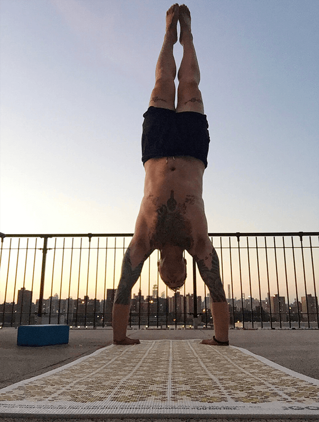 Seamus Mullen Morning Routine Handstand