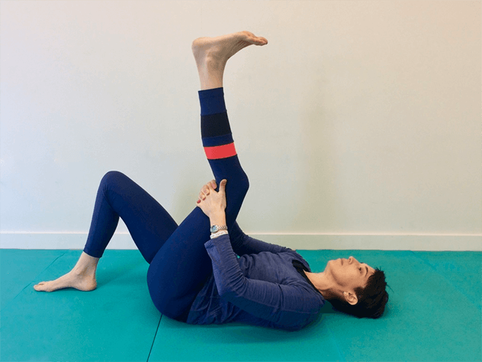 Central hamstring fascia stretch