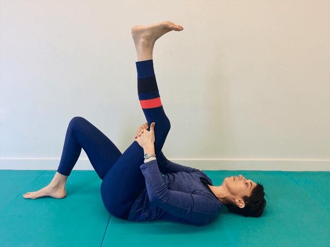 Central hamstring fascia stretch