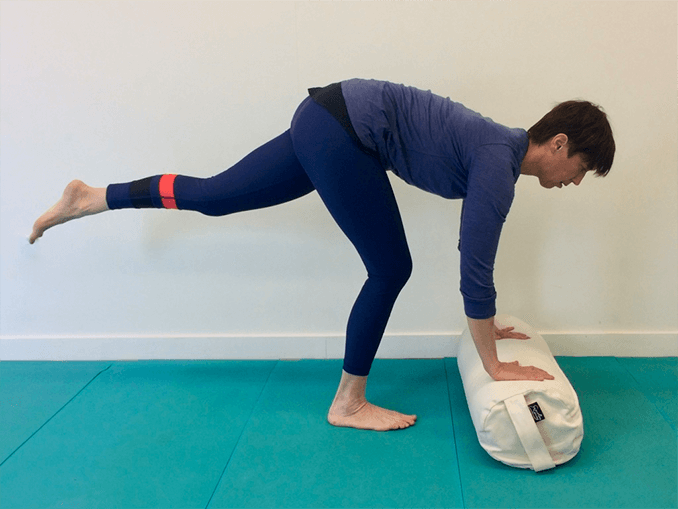 Lateral hamstring fascia stretch