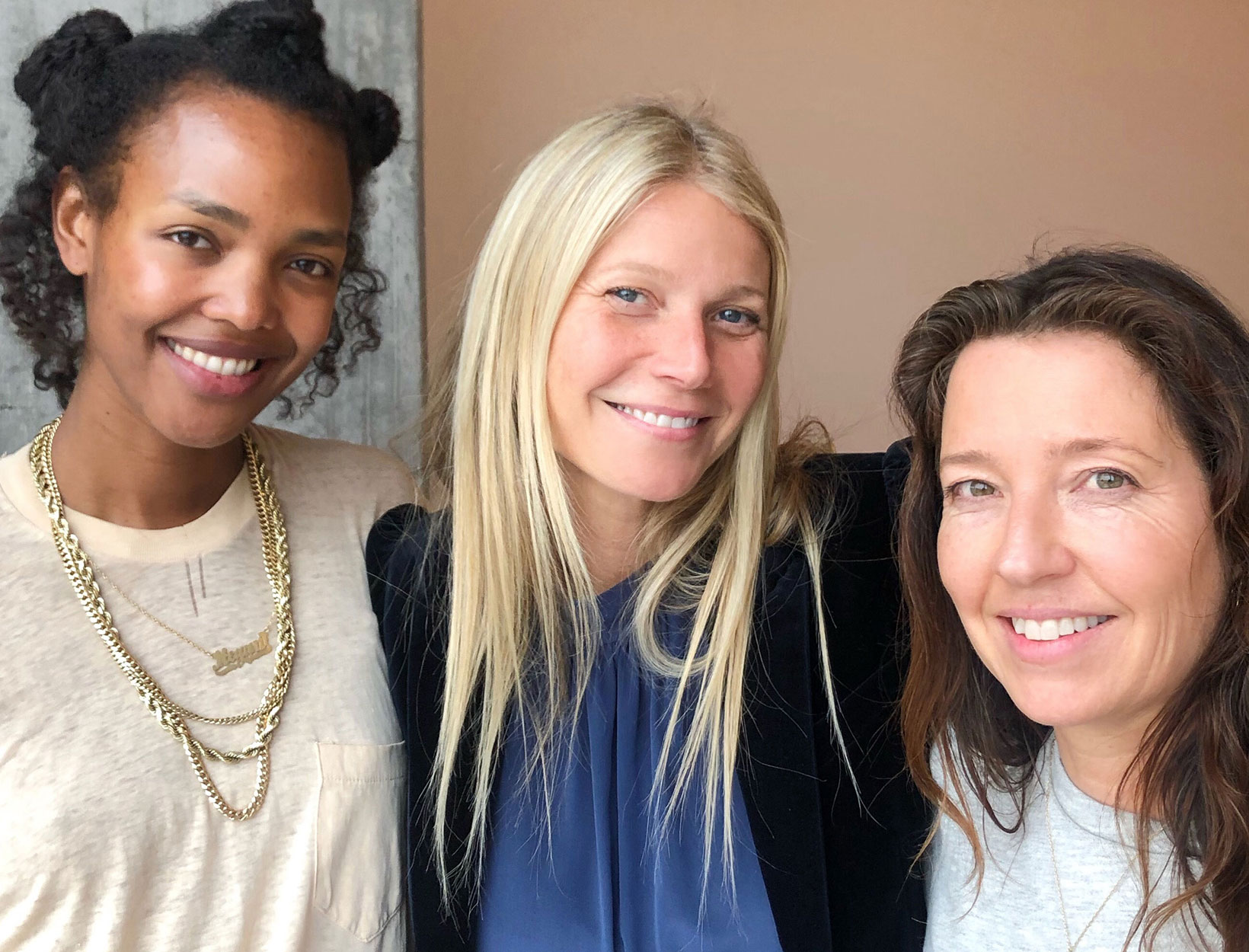 Gwyneth Paltrow: No Makeup, Lots of Skin Care, Tricks to Beat