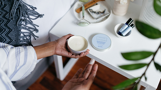 Mini Hand Massages with Province Apothecary