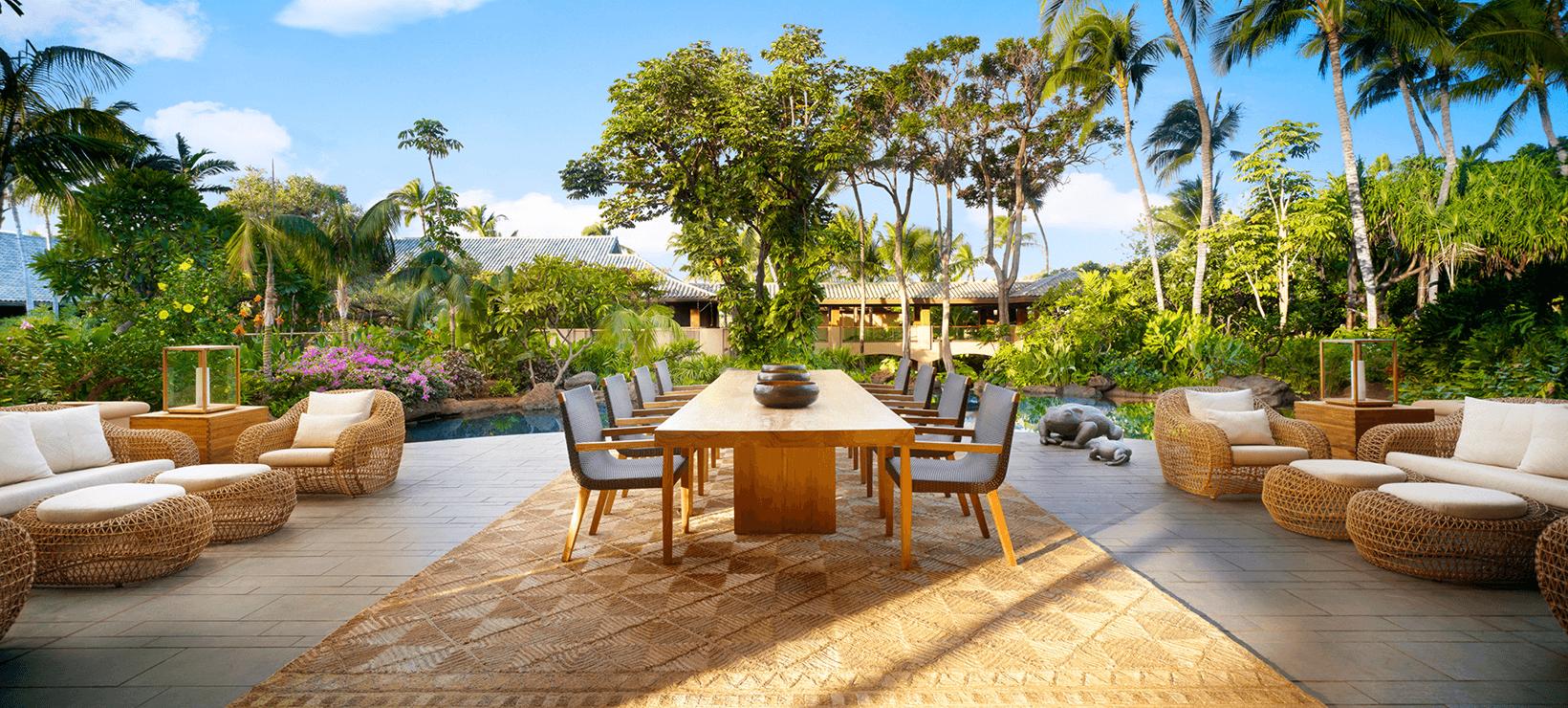 resort outdoor dining setting