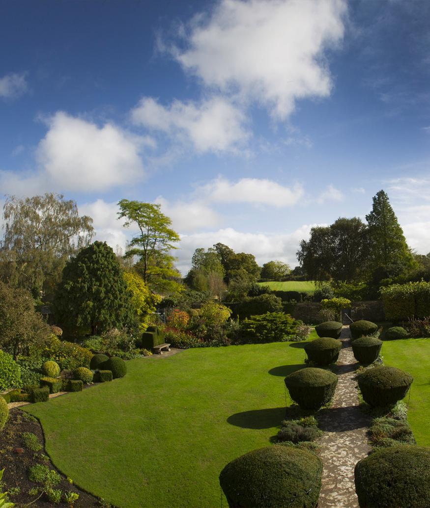 Barnsley Gardens