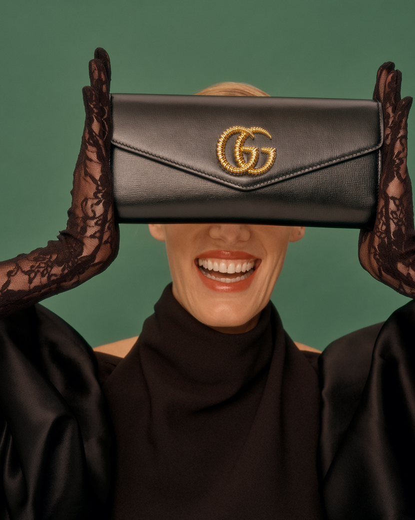 Gucci Model with clutch