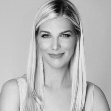Laura Lynne Jackson