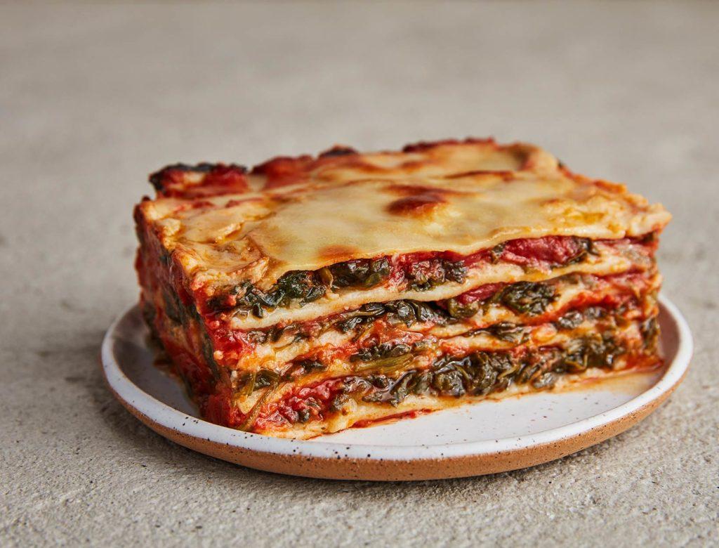 Easy Spinach Lasagna With Cauliflower Béchamel Recipe Goop