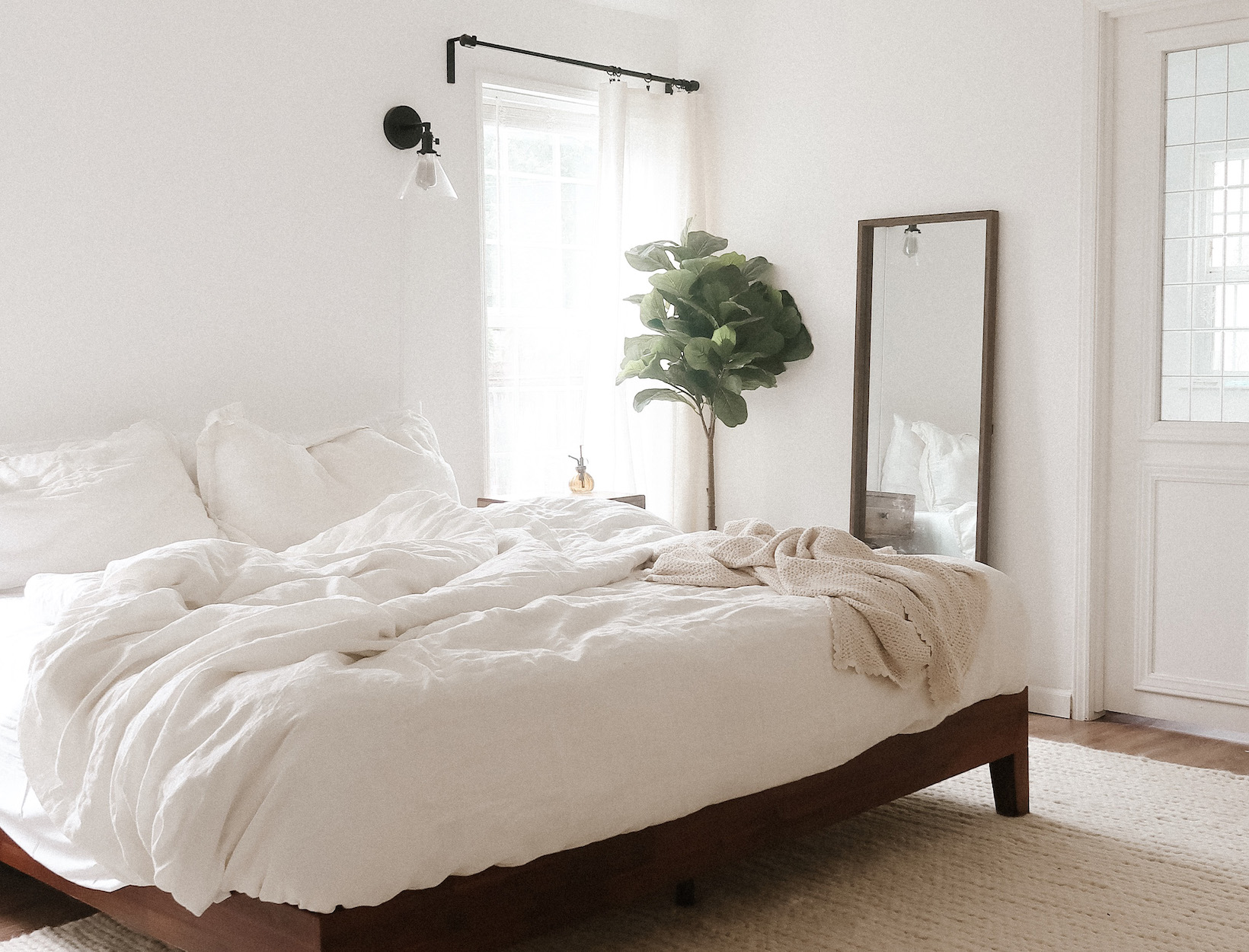 Turning Your Bedroom into a Dreamy Oasis
