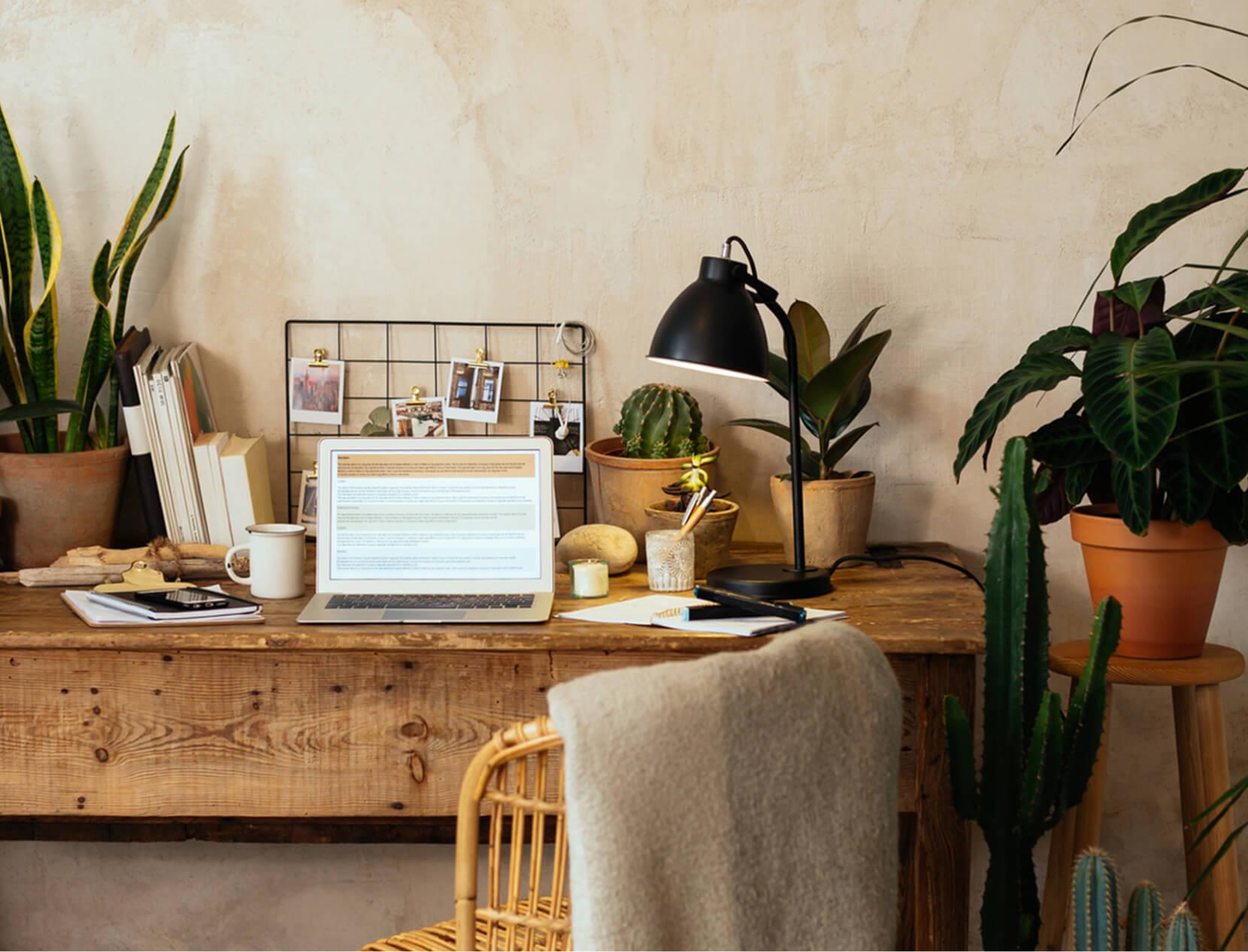 home desk setup