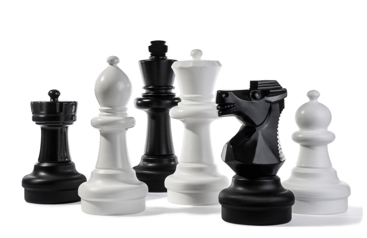 Kettler ROLLY GAME BOARD AND CHESS PIECES