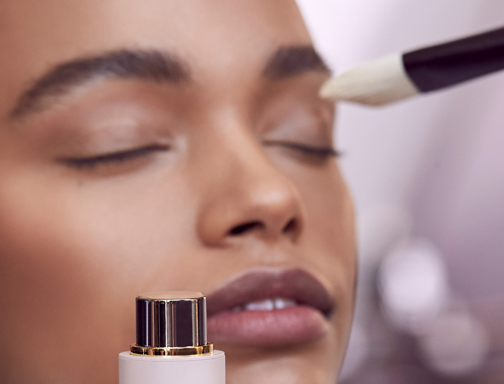 For the Most Natural Look, Use a Brush: Gucci Westman's Easy-to-Follow Guide