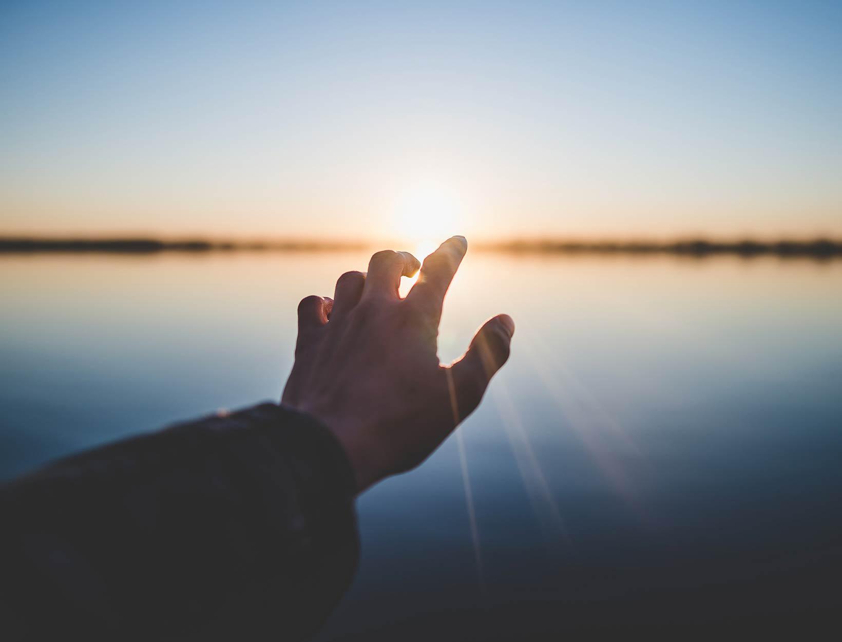 A Meditation to Cultivate Gratitude  <br>Gustavo Padron</em>