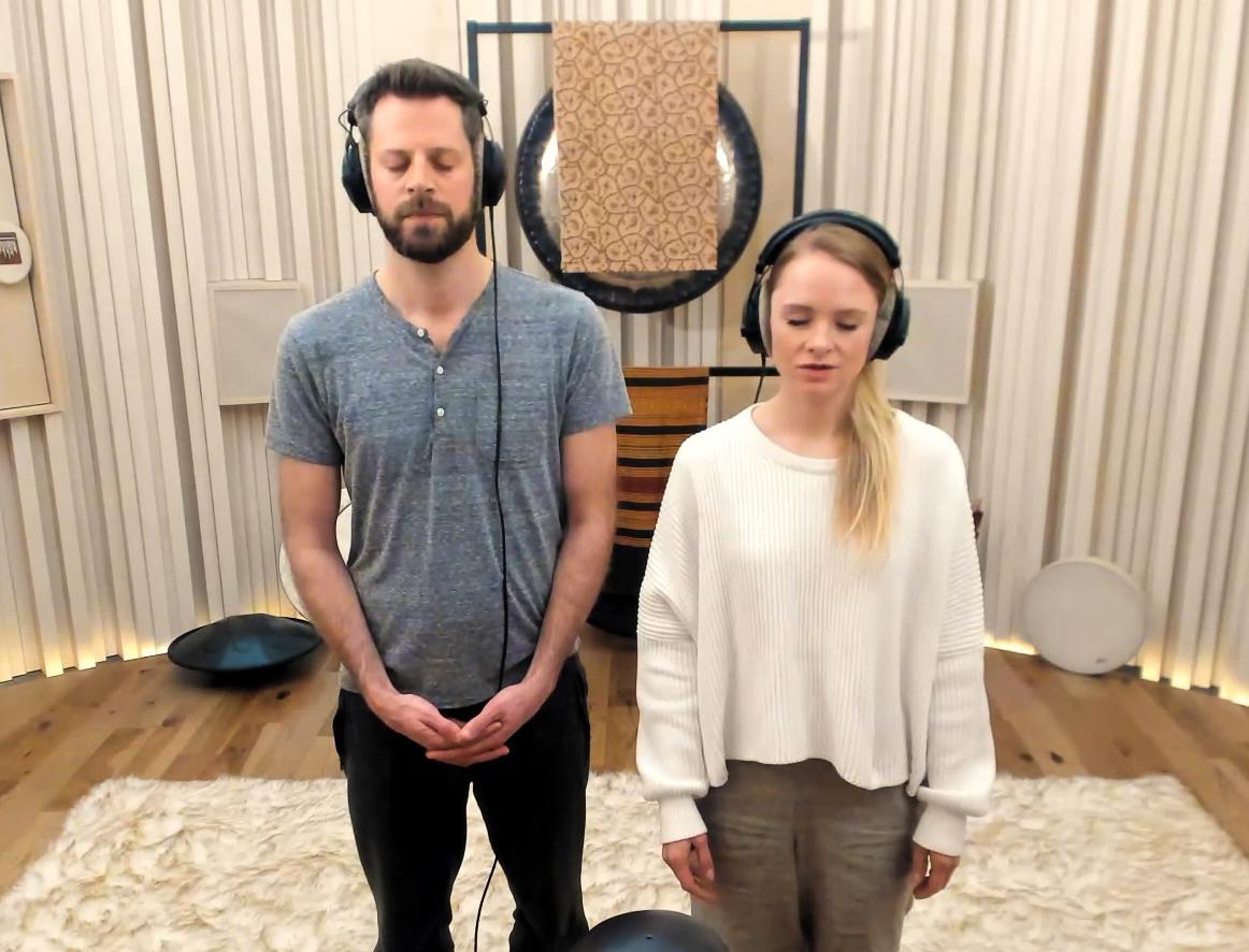 A Binaural Sound Meditation for Releasing Stress and Anxiety  <br>Zgornja država Dojo</em>
