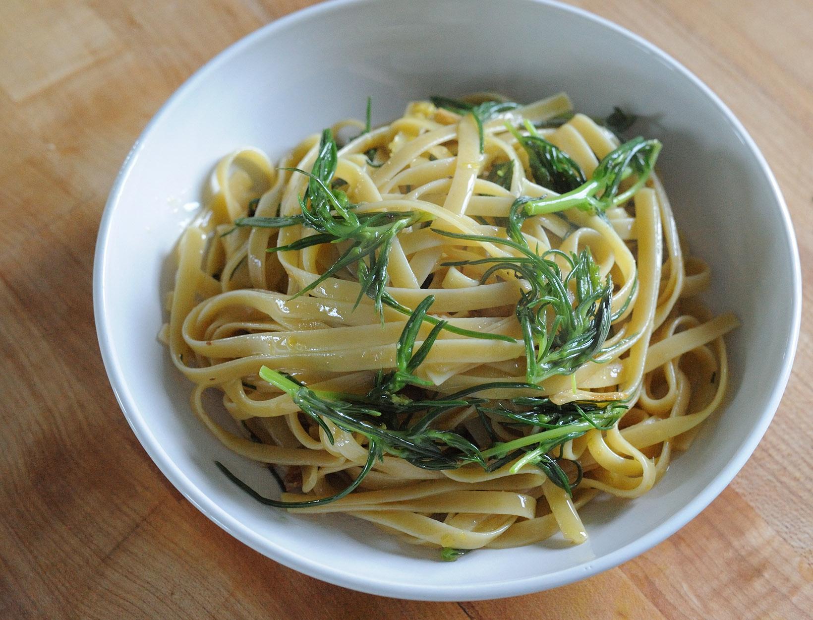 Lemony Agretti Pasta