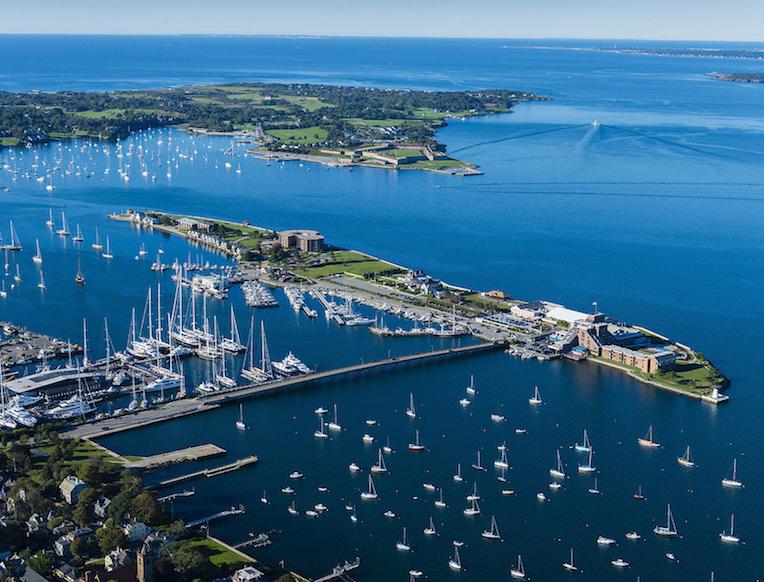Gurney's Resort & Marina <br>Pulau Rhode, Amerika Syarikat</em>