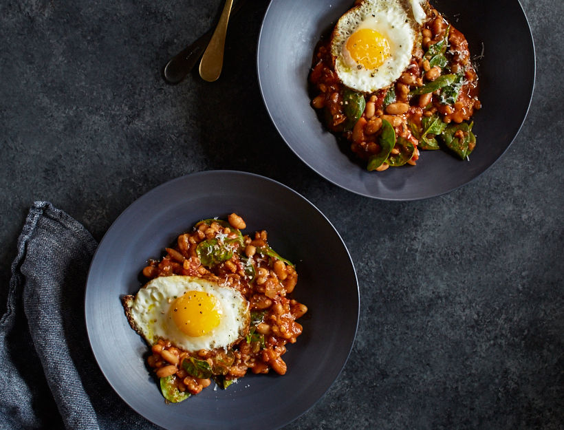 Slow Cooker Cannellini, Farro, and Spinach Stew