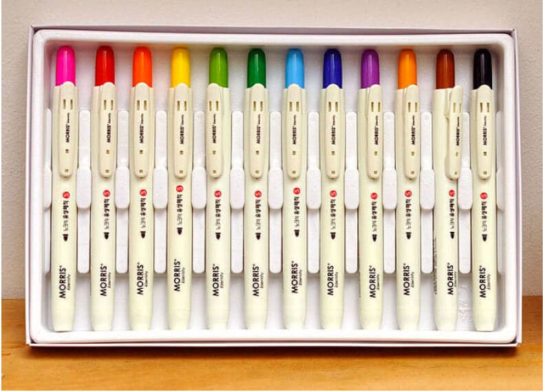 Mochi Things RETRACTABLE PERMANENT MARKER SET, 12 PIECES