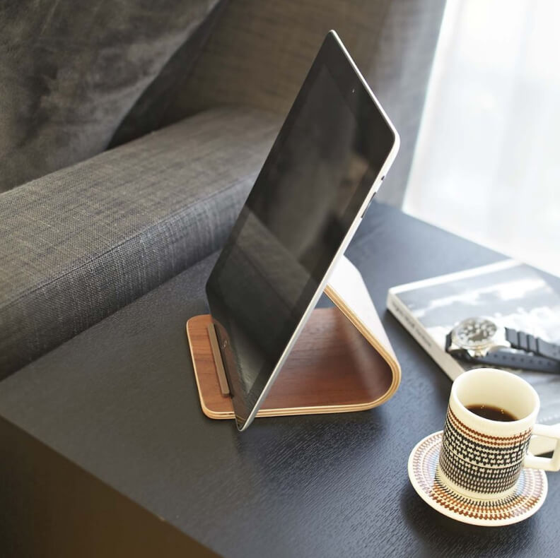 Rin PLYWOOD TABLET STAND