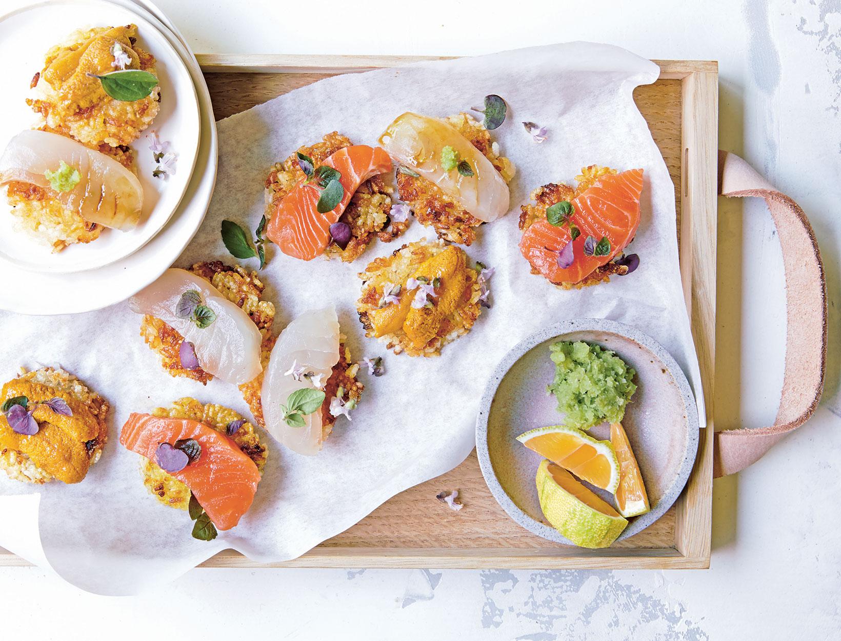 Sushi de arroz crujiente