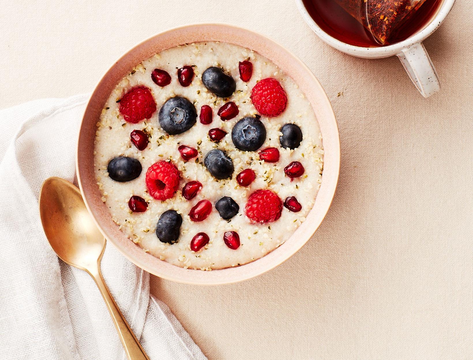 Creamy Fonio Porridge with Berries