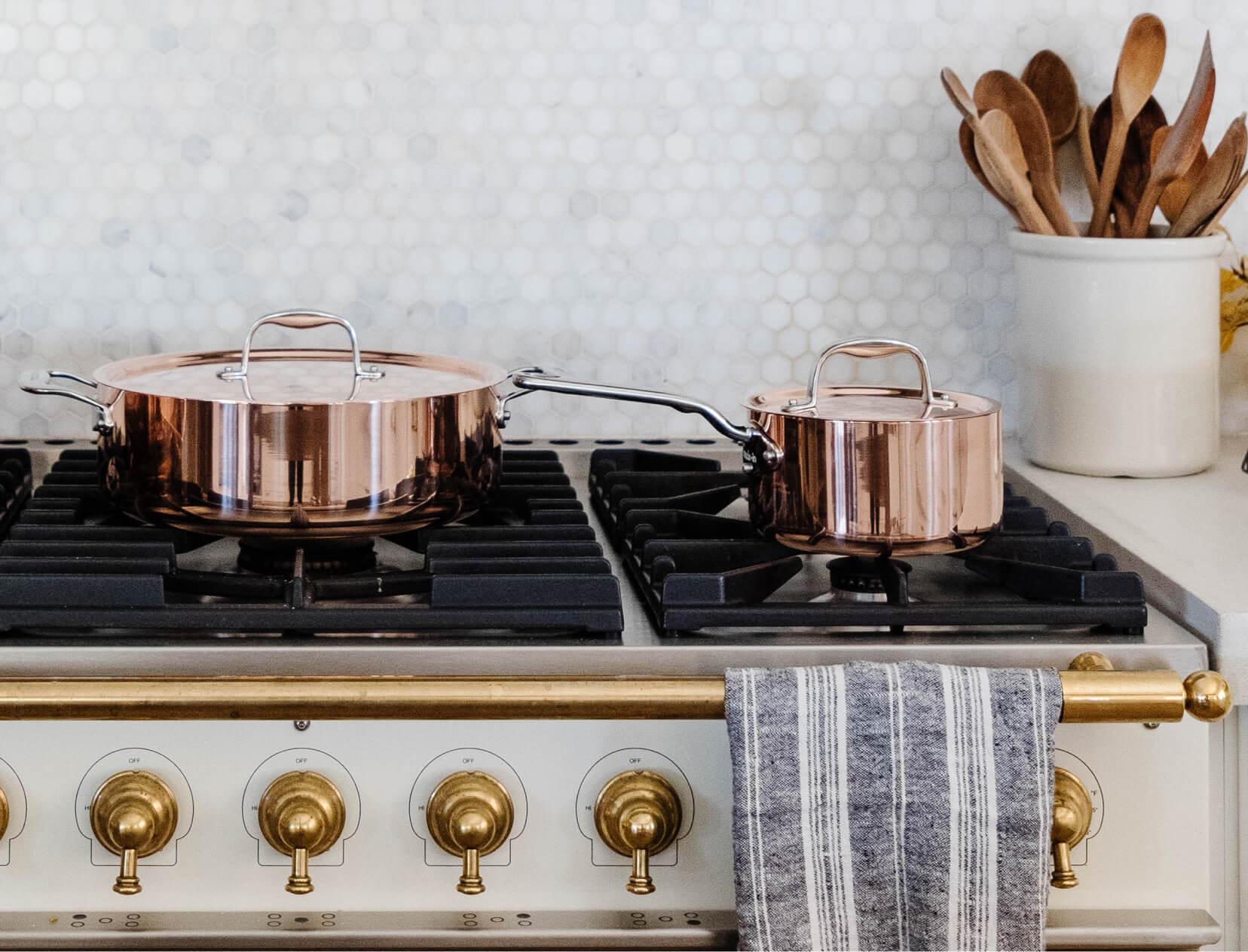 pans on stove