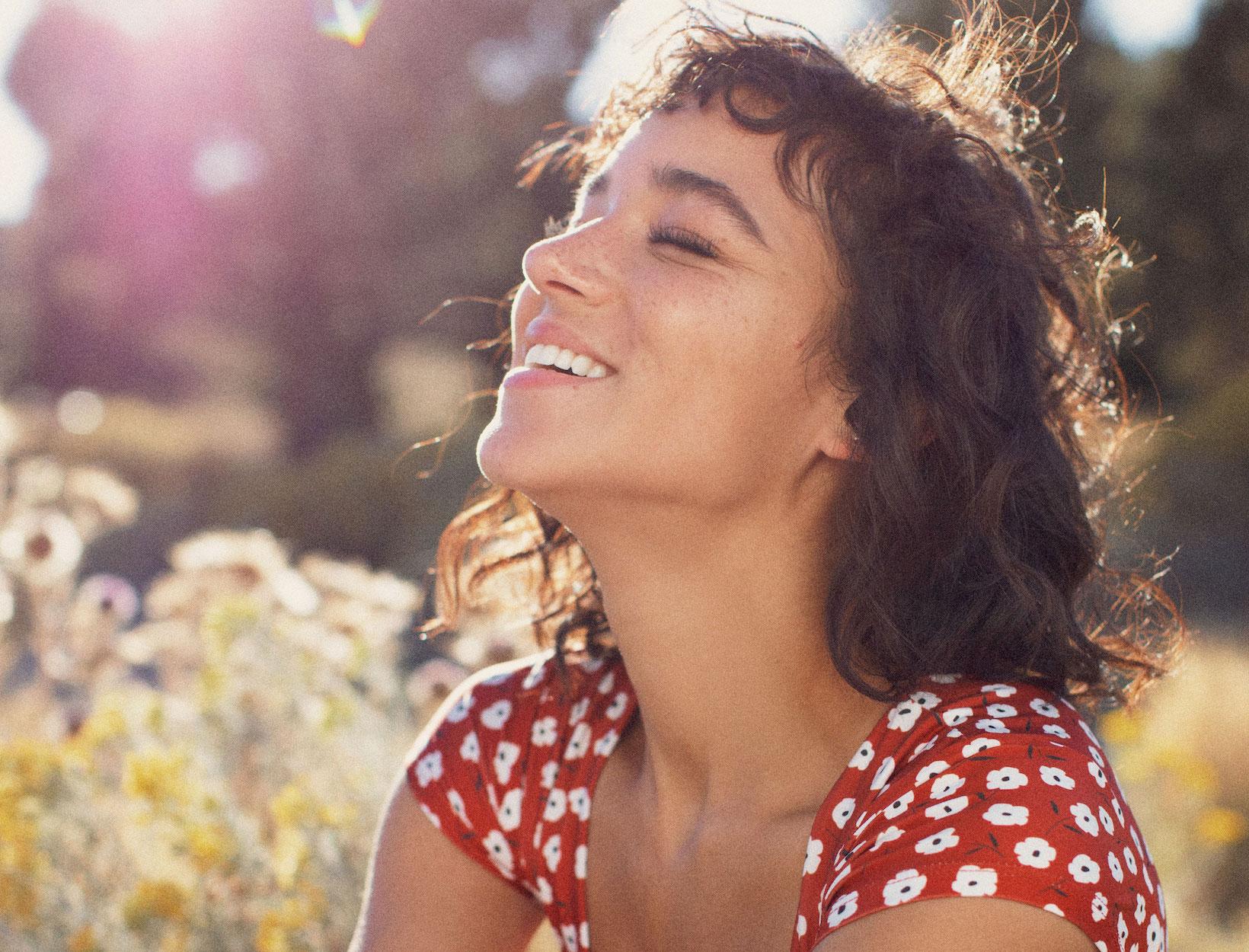 8 Ways to Get Glowing Skin