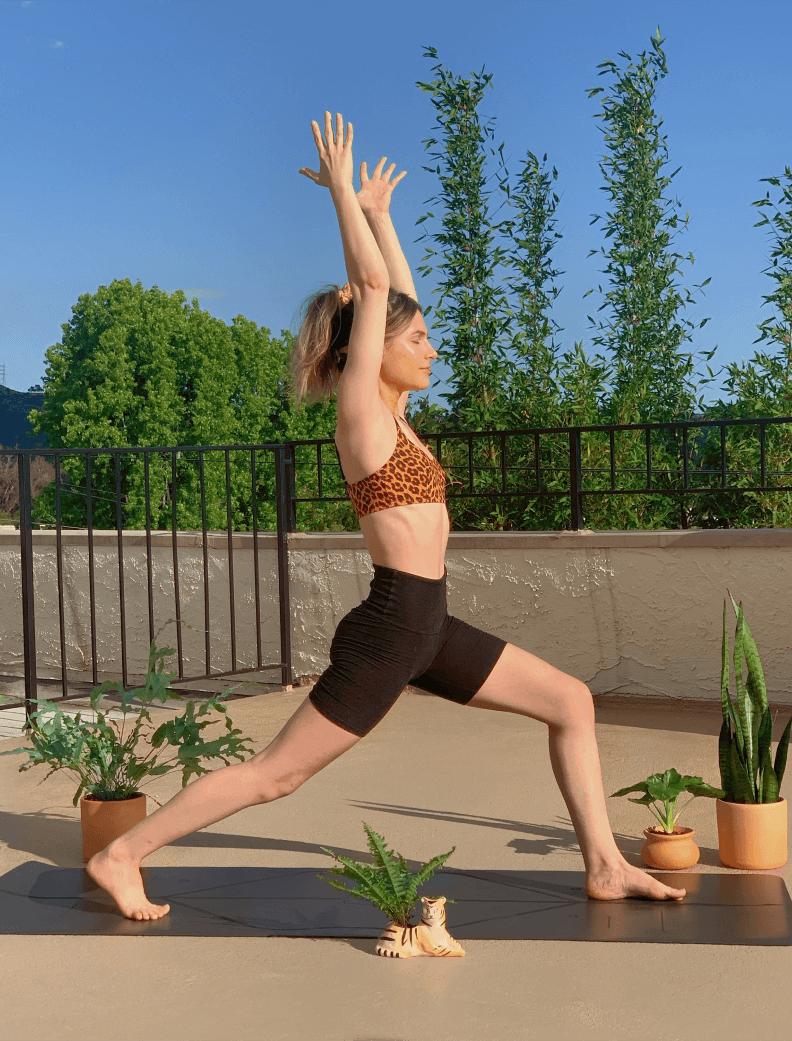 erin sanders doing yoga