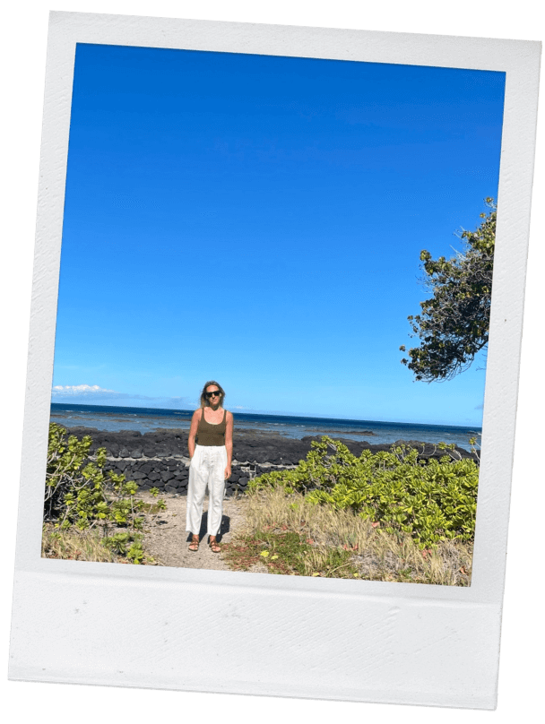 ail pew on a beach