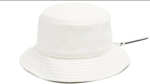 Loewe hat