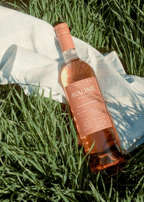 Avaline roseate  wine