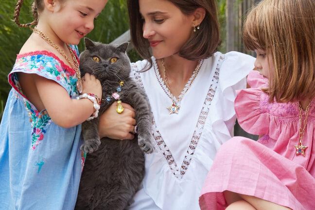 Maria Dueñas Jacobs and kids