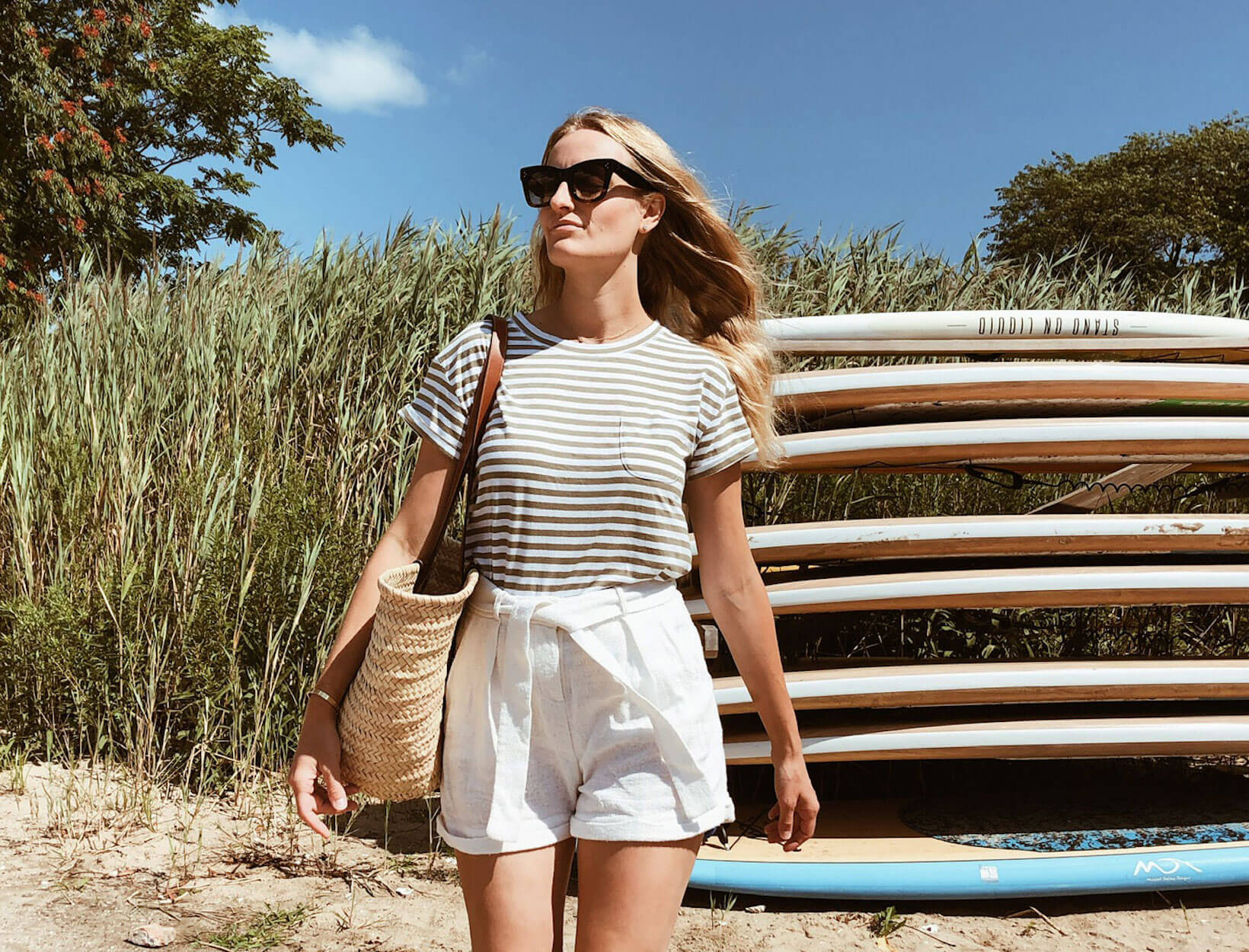 woman successful  summertime  labour  time  outfit
